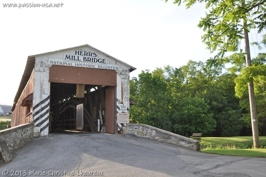 Pennsylvania Dutch Country, Herr's Mill covered bridge