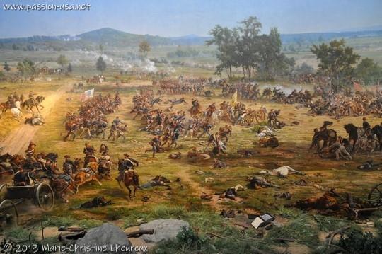 Battle of Gettysburg, the Copnfederacy, attacking on the left, puts the Union in great trouble