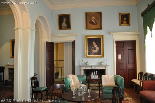 Arlington House, General Lee's mansion, the large living room