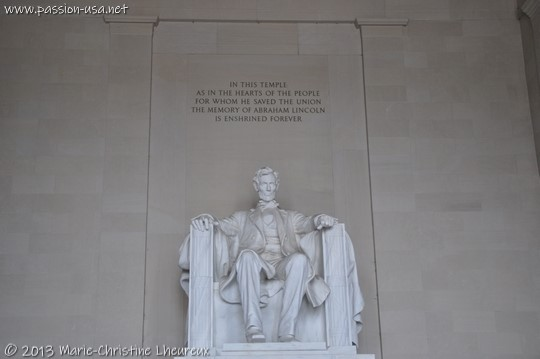 Washington, Lincoln Memorial, statue of President Lincoln