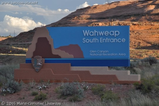 Wahweap south entrance, Glen Canyon National Recreation Area