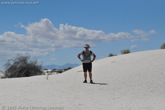 Me in the middle of gypsum dunes, White Sands National Monument