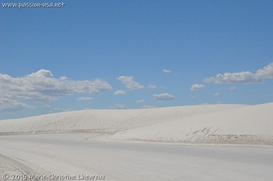 Dunes Drive in the middle of pristine gypsum, White Sands National Monument