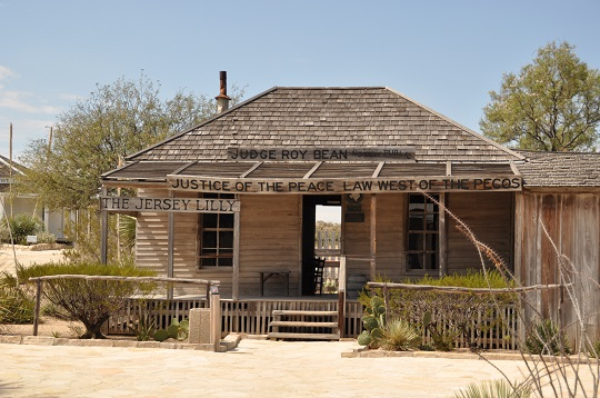 Judge Roy Bean saloon, Langtry, Texas